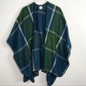 WOOLRICH Fleece Plaid Wrap Ruana